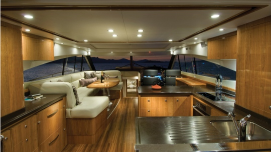 yacht-interior-design-luxury-art